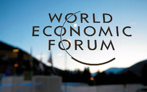 Prime Minister Nguyen Xuan Phuc attends World Economic Forum