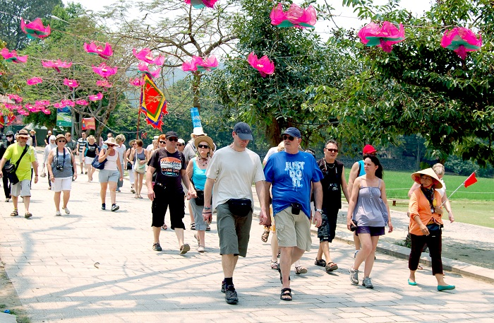 Vietnam welcomes 1 million foreign tourists in January