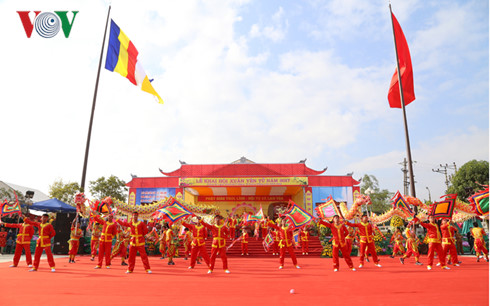 Spring festivals embrace Vietnamese national identity