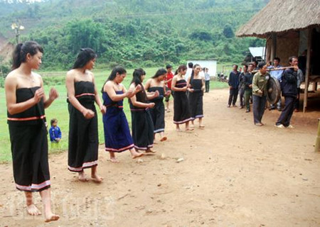 The Gie Trieng live in the Vietnam-Laos border area