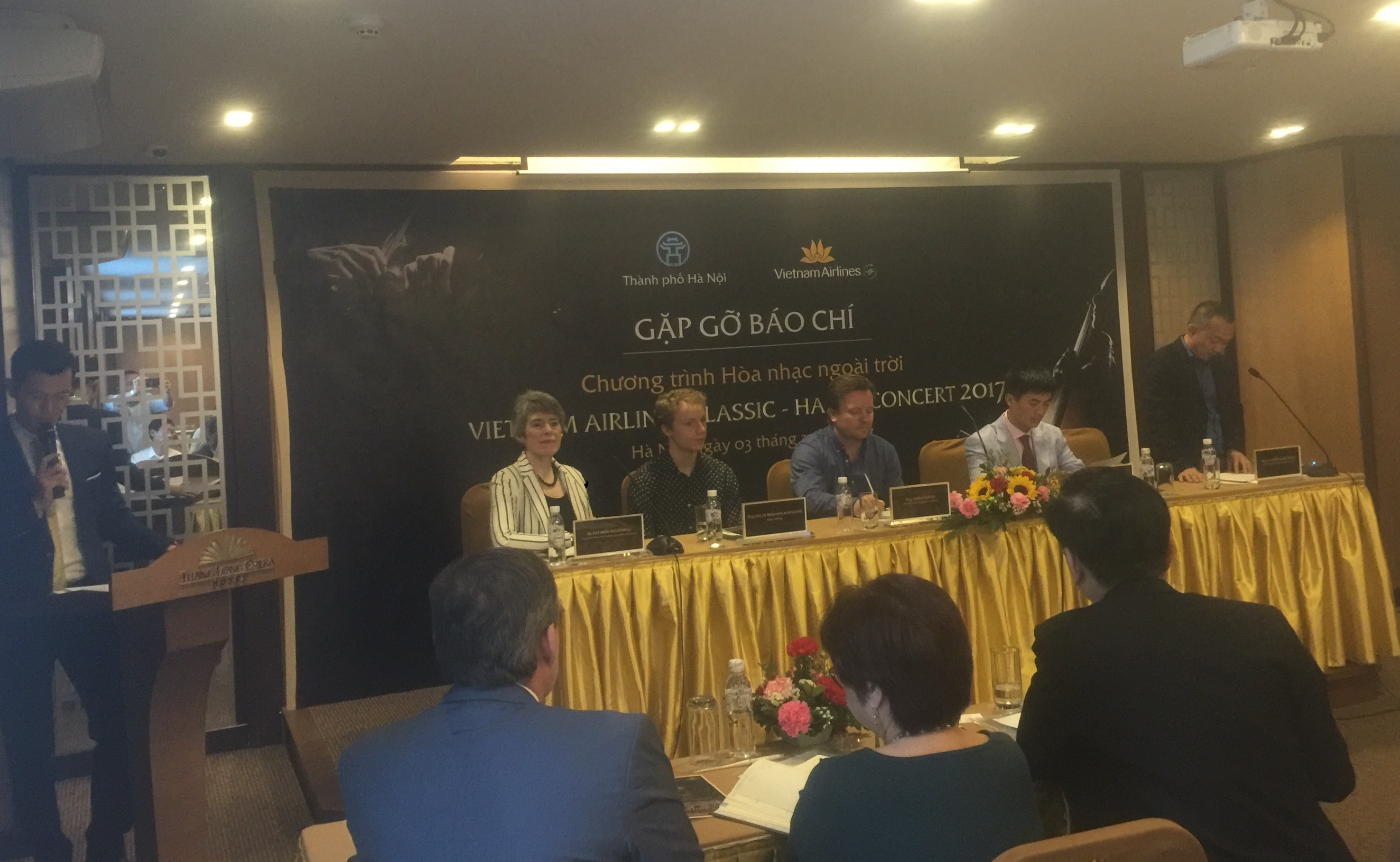 London Symphony Orchestra performs in Hanoi