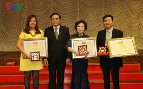 Vietnamese people in Czech honored for helping disaster victims