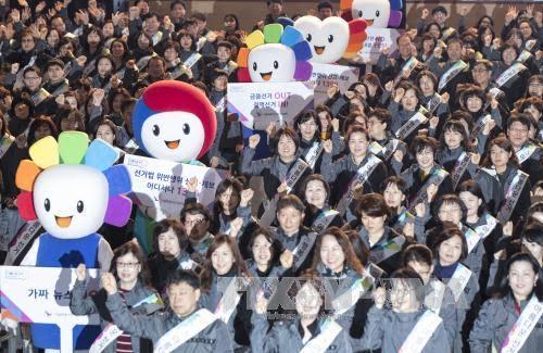 South Korea: Rallies supporting and anti Park Geun-hye continue