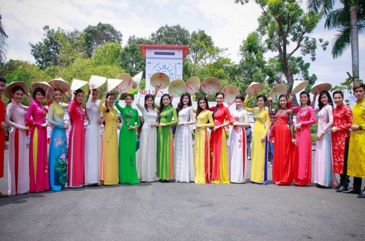 Ao dai adorn offices in Ho Chi Minh City