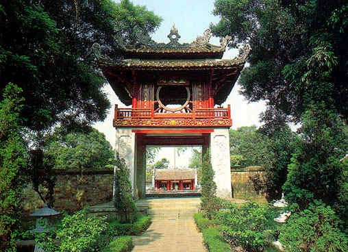Boosting Hanoi's tourism development