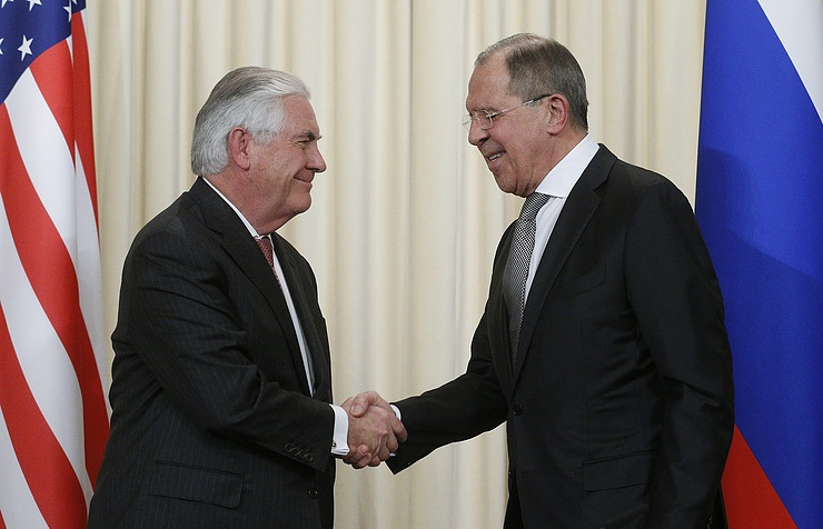 Russian, US Foreign Ministers hold phone talks to resolve differences