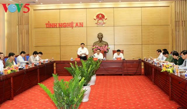President Tran Dai Quang meets Nghe An leaders