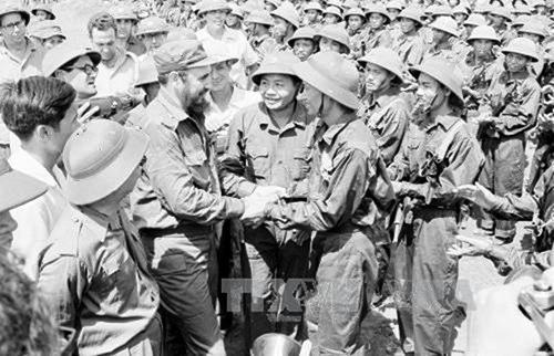 Vietnam homenajea a Fidel Castro con documentales significativos