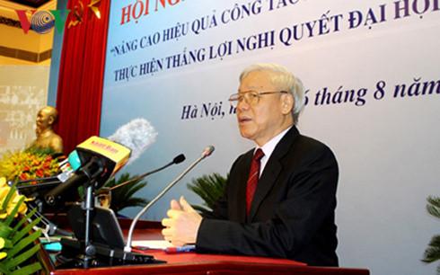 Vietnam promueve diplomacia para el desarrollo nacional