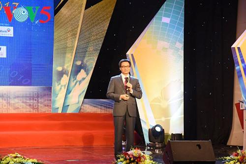 Honran 64 productos cibernéticos ganadores del premio Sao Khue 2017