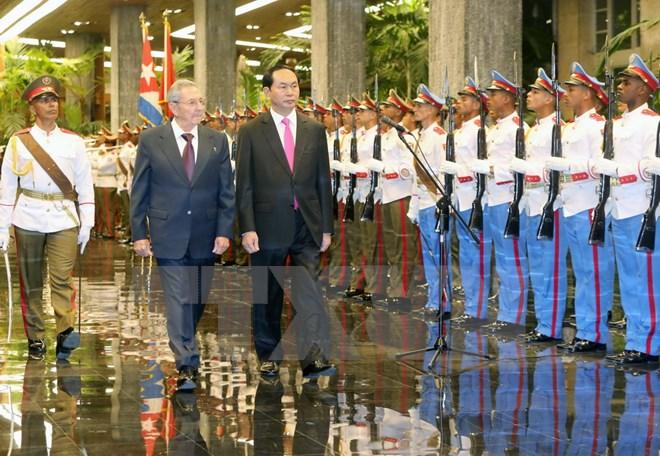 Việt Nam - Cu ba tăng cường hợp tác kinh tế, quốc phòng