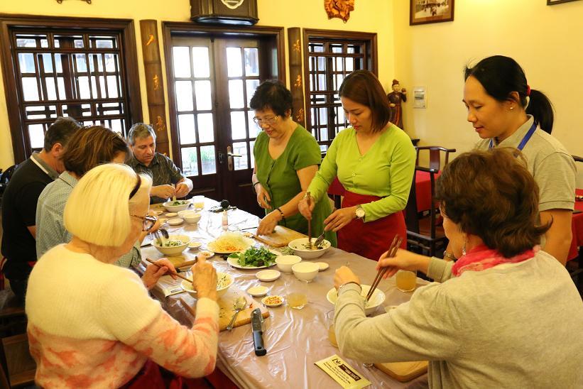Học nấu ăn cùng nghệ nhân Ánh Tuyết