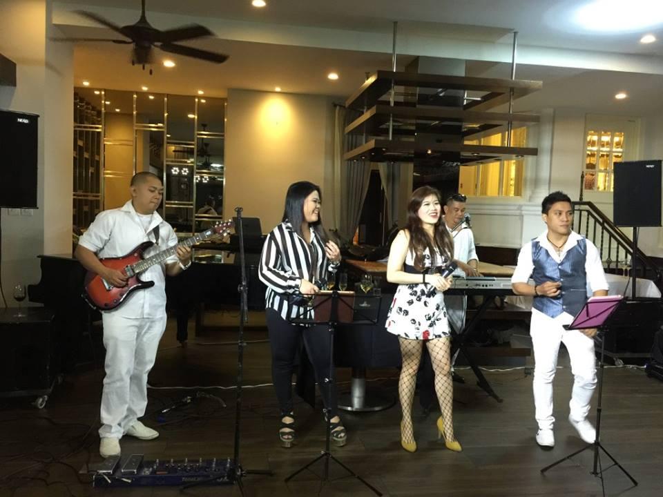 Groove Band- nada Fipilina di jantung-nya kota Ho Chi Minh