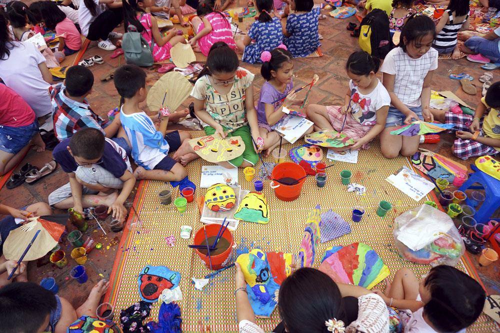 Pesta Topeng  Kertas Festival Medio Musim Rontok-Membawa nilai tradisional bagi para anak kota Hanoi