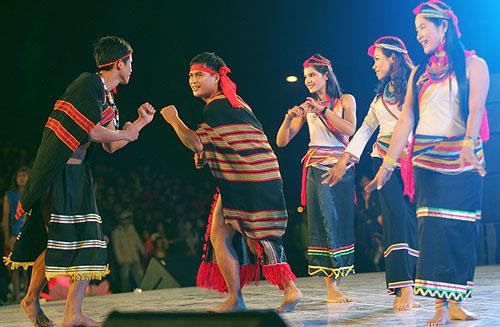 Kekhususan pakaian warga etnis minoritas K'ho