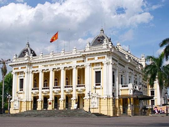 Selar pusaka arsitektur di kota Hanoi melalui foto-foto