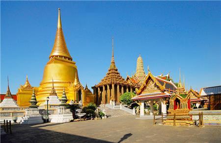 Kunjungan wisata beransel yang mengesankan di Laos