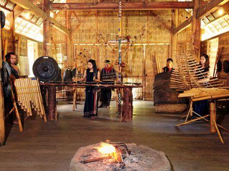 Musik rakyat dari warga etnis minoritas K'ho