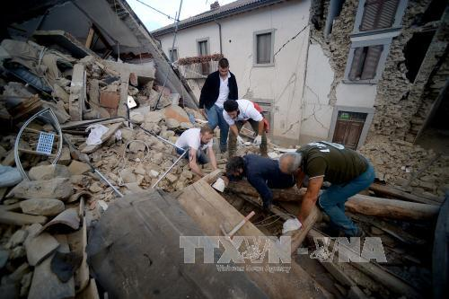 Italy earthquake: Death toll rises to 250