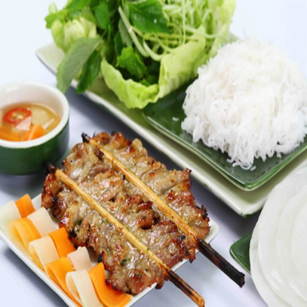 Vietnamese grilled bamboo stick pork with noodle