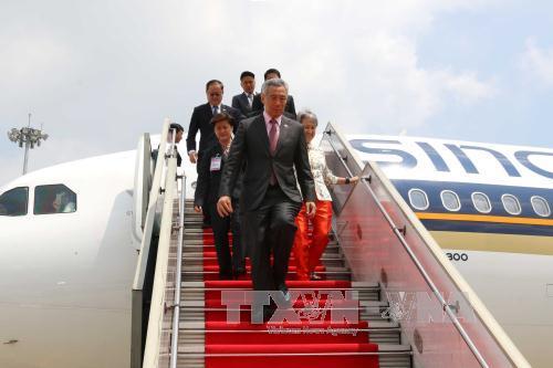 Singaporean Prime Minister wraps up his official visit to Vietnam