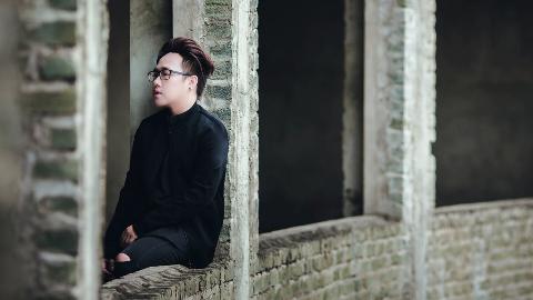 男性歌手チュン・クアン(Trung Quan)の歌