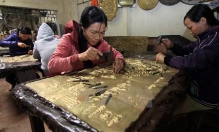 タイビン省の銀細工のドンサム集落