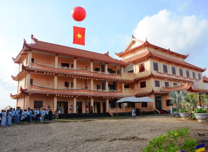 Sepintas lintas tentang sekolahan agama di Vietnam