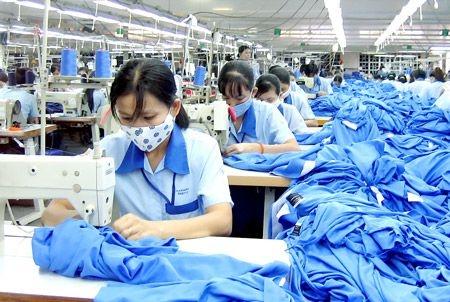 Cabang produksi tekstil dan produk tekstil meningkatkan nilai dengan instrumen kepemilikan intelektual