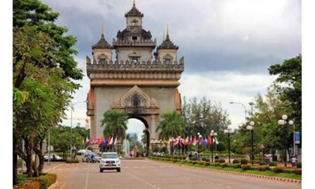 Laos-pasar investasi yang atraktif bagi badan-badan usaha Vietnam