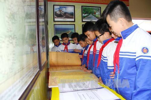Triển lãm bản đồ và trưng bày tư liệu Hoàng Sa, Trường Sa của Việt Nam tại Thái Nguyên