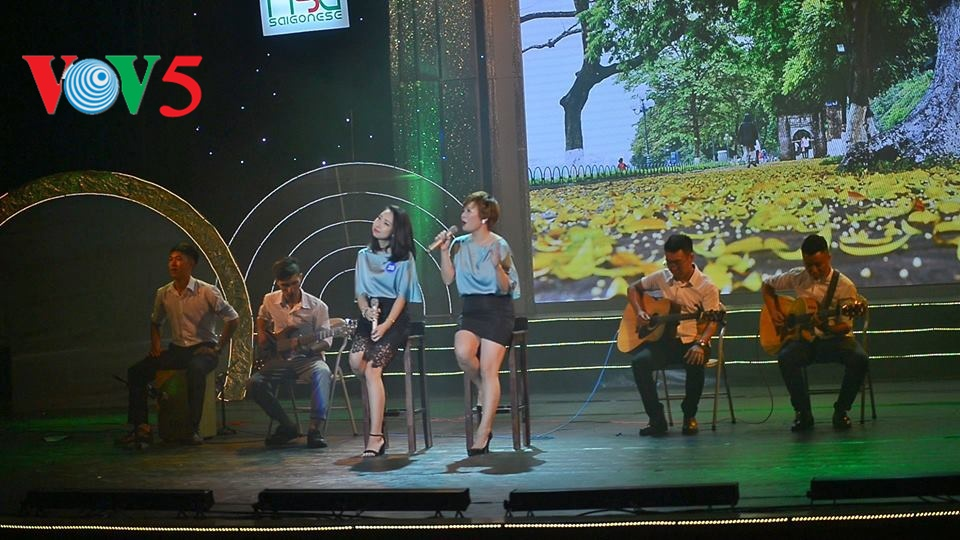 Babak semi final Festival Nasional ke-5 Nyanyian Para Wartawan Vietnam -tahun 2016 di kawasan Vietnam Utara
