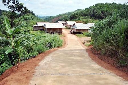 Ka Tang- Dukuh pemukiman kembali percontohan di propinsi Quang Tri