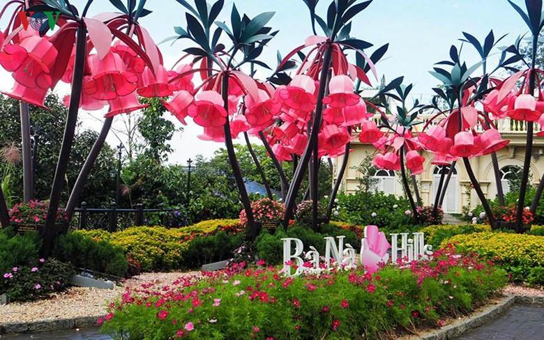Ba Na Hills  menarik hati manusia karena  tempat-tempat rekreasi yang berkaliber internasional