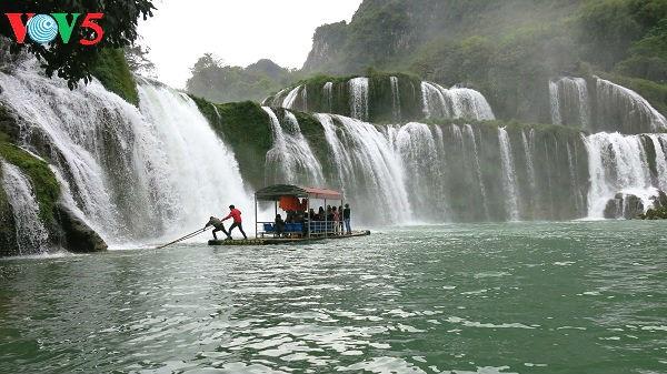 Thác Bản Giốc-thác nước tự nhiên lớn nhất Đông Nam Á