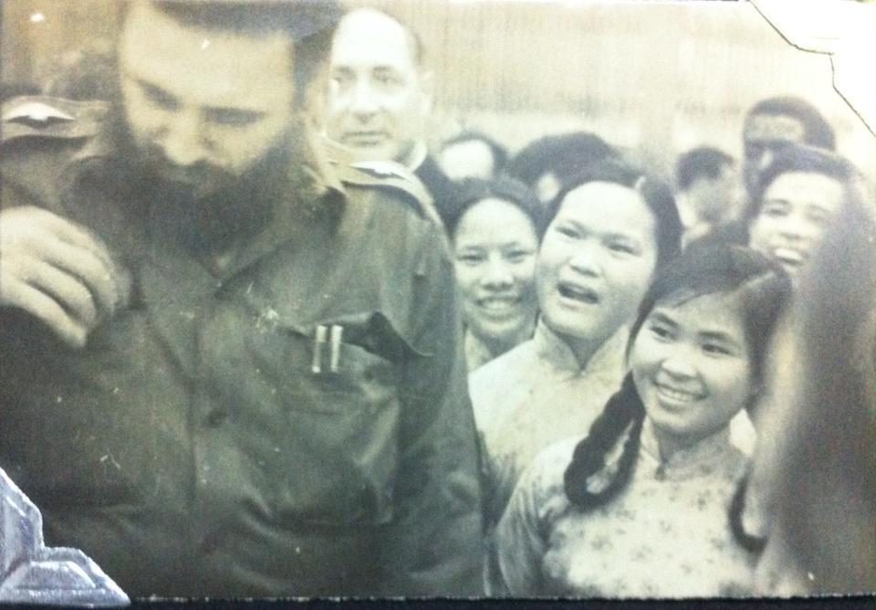 ຮ່າໂນ້ຍໃນວັນໄວທຸກທົ່ວປະເທດ ອາໄລຫາຜູ້ນຳກູບາ Fidel Castro