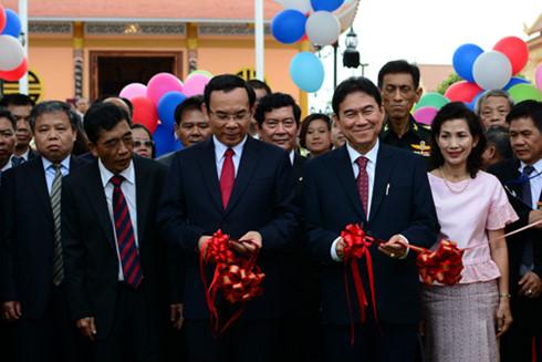 เปิดอนุสรณ์สถานประธานโฮจิมินห์ที่จังหวัดนครพนม