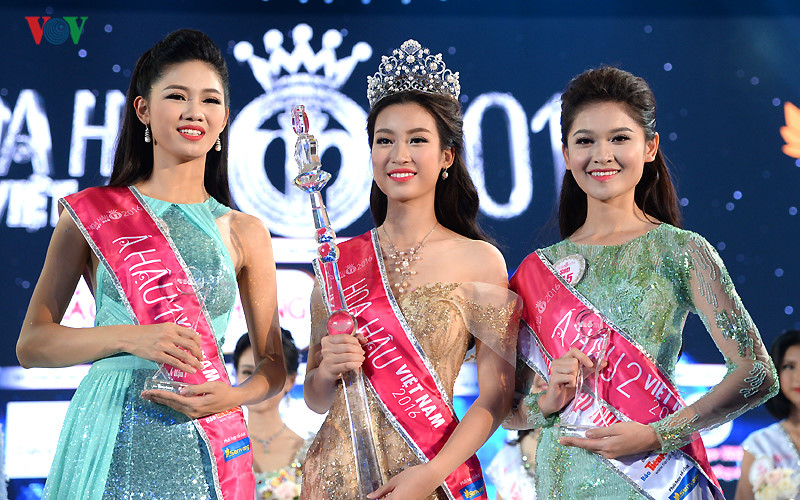 Vietnam beauty pageant 2016