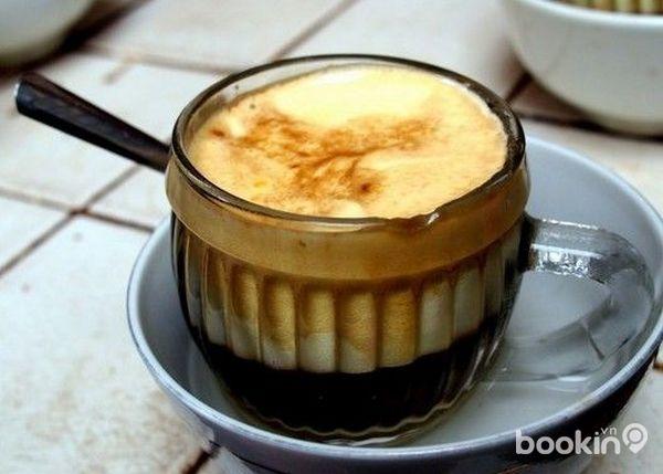 Dégustez un café à l'œuf à la hanoïenne !