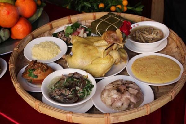 台湾的越南媳妇通过年味十足的家宴维护越南民族特色