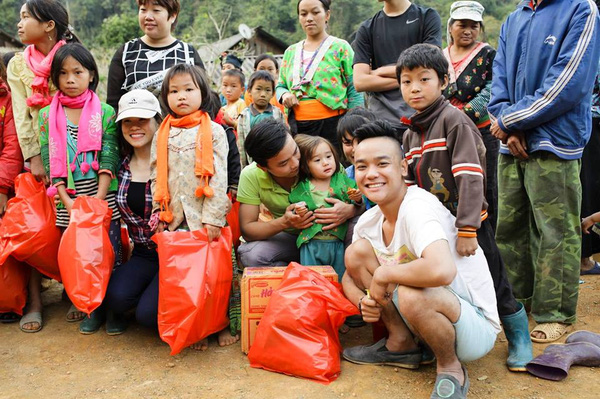 Charity tourism shares humanity values
