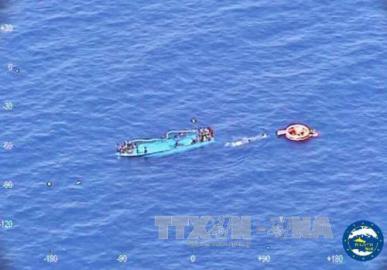 難民乗せた船 相次ぎ転覆 今週だけで7000人超救助
