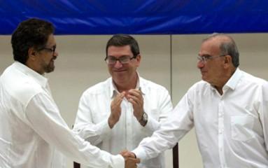 コロンビア 半世紀超の内戦 終結で合意