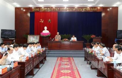 チョン党書記長、バクリョウ省を視察訪問