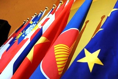 ASEAN+1協力体制の効果を強調する