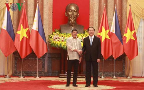 Mendorong secara kuat aktivitas kerjasama bilateral Vietnam – Filipina