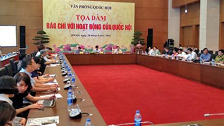 Pers-jembatan penghubung penting dalam mendukung aktivitas MN Vietnam