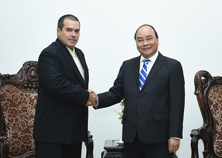 PM Vietnam, Nguyen Xuan Phuc menerima Presiden Kantor Berita Prensa Latina (Kuba)