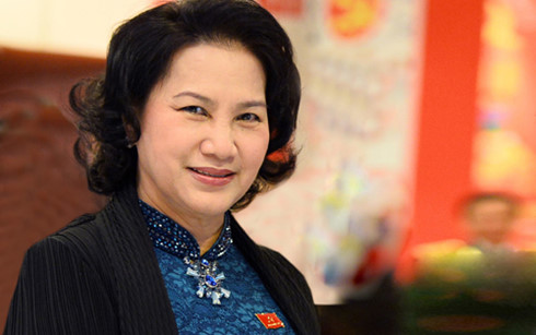 National Assembly Chairwoman begins official visit to Laos