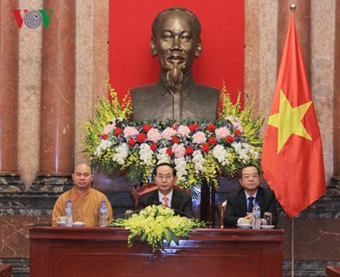 Presiden Vietnam, Tran Dai Quang menerima delegasi diaspora Vietnam dan Sangha Buddha Vietnam di Thailand